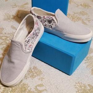 Vans Custom Slip On Shoes. Women's size 6